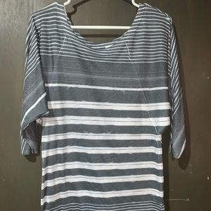Hang Ten gray & white striped stretchy tee